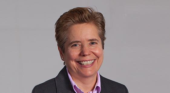 Dr. M Cecilia Escarra